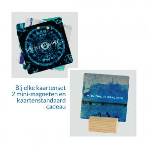 Krachtkaarten Met Caracter met houten kaartstandaard en mini magneten cadeau